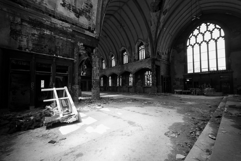 Abandoned Spaces_Detroit_Adam Jacobs Photography (7 of 24).jpg