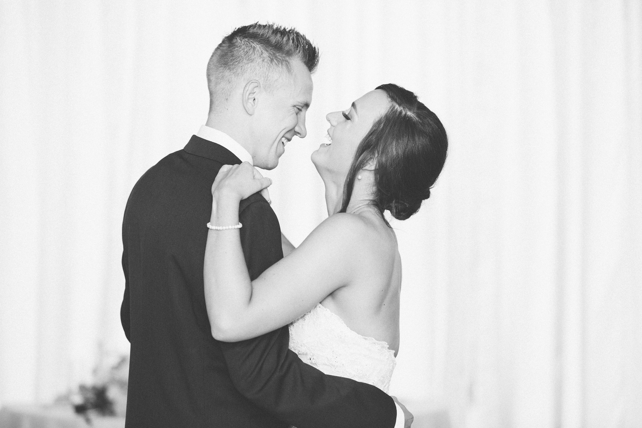 MP_16.06.12_Zach-&-Katlyn-Wedding-3833.jpg