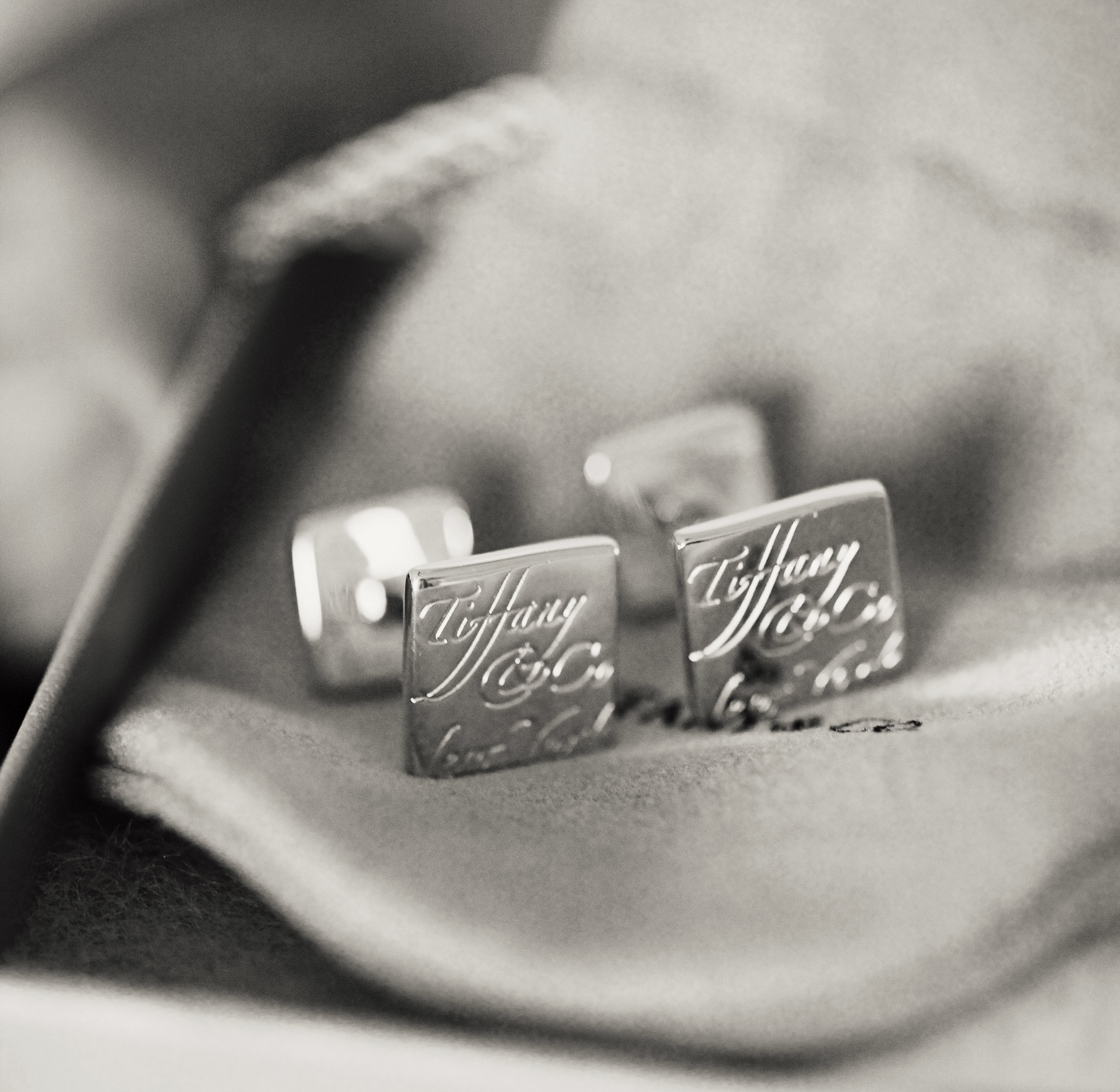 Vivir Photography_Tiffany Cufflinks L+J_39a.jpg