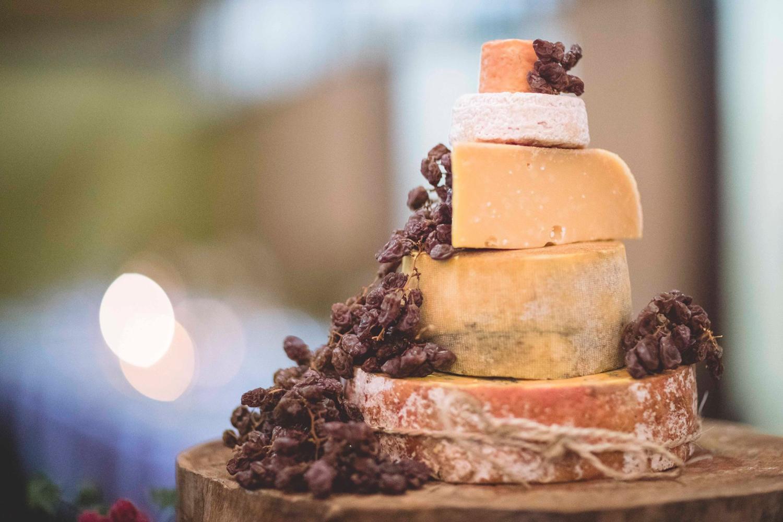 Kirsty & Daves Wedding Cake.jpg