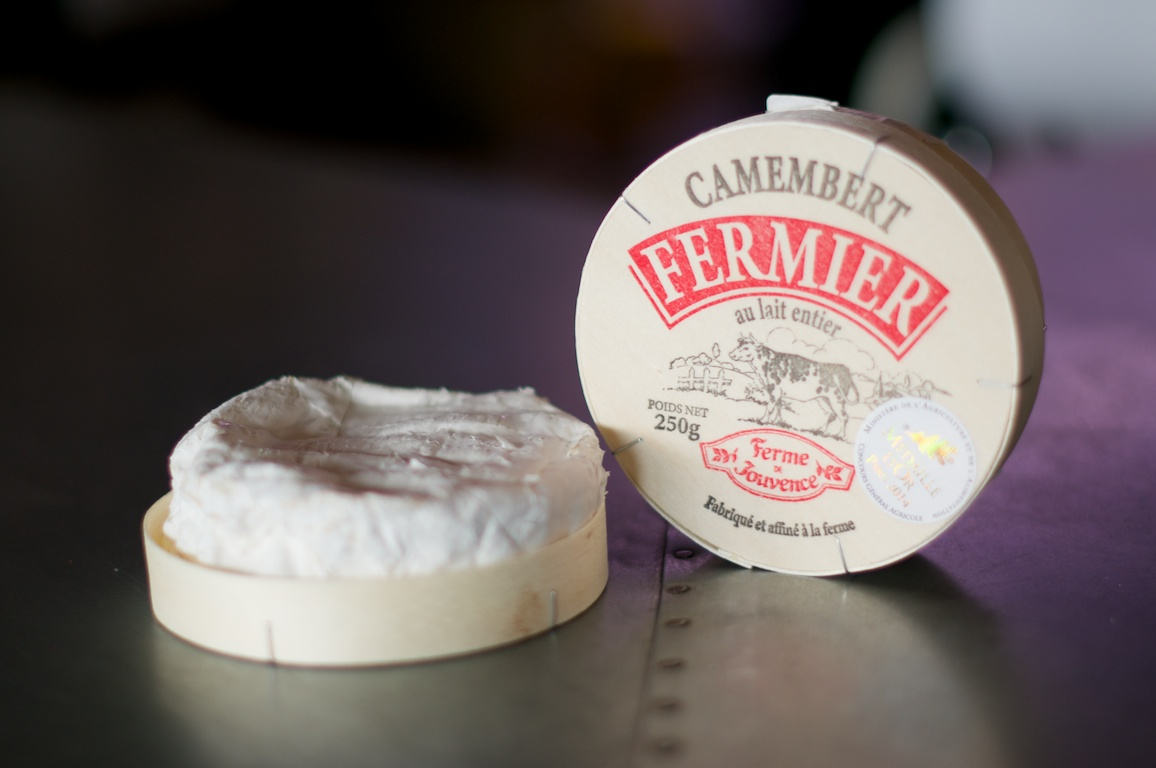 Camembert Fermier.jpg