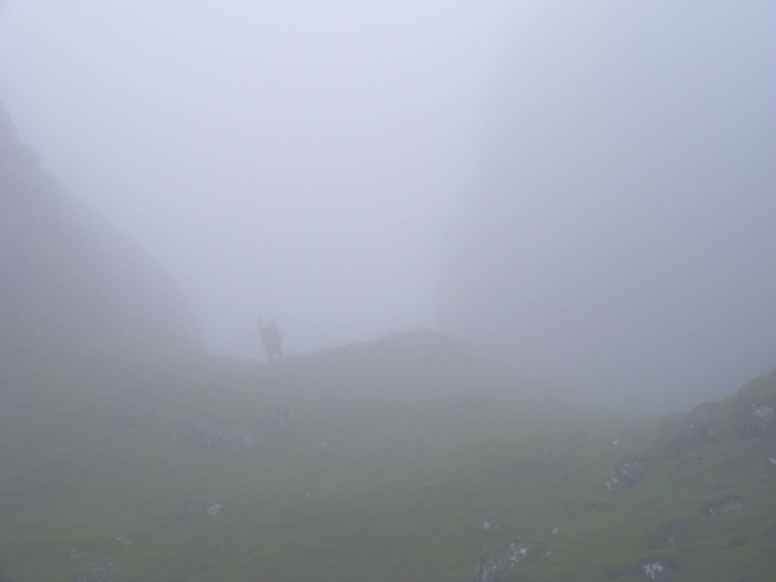 Monument-mist-walking.jpg
