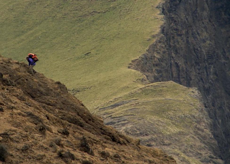 Ridge-and-cliff.jpg