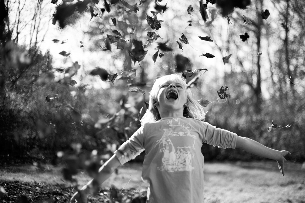 364/365 aaaaaahhhhhhhhh! a day spent between leaves and soccer