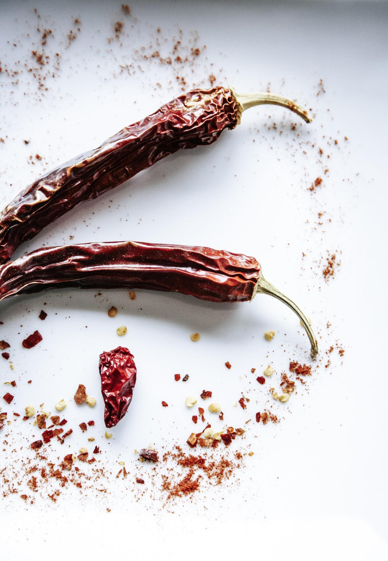 pepperoni-1473540_1920.jpg