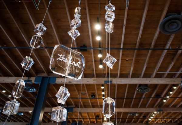I am crazy for this! Ice Carvings hung from the ceiling! Photo courtesy of TheKnot.com; Photo by Cory Ryan Photography. Event by The Simplifiers.