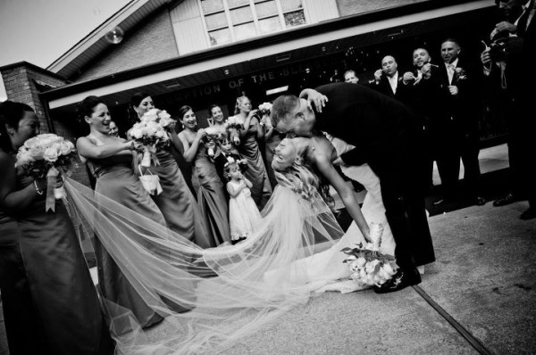 Stunning and Dramatic - Black & White Wedding Pictures by Lighthouse Photography.