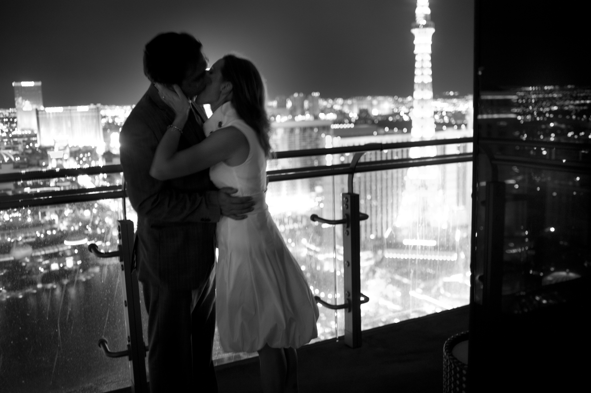 Pure Romance – So beautifully captured! Engagement Photos by www.altf.com.