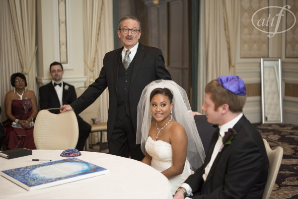 The bride and groom brought their own rabbi into Las Vegas for their destination wedding.