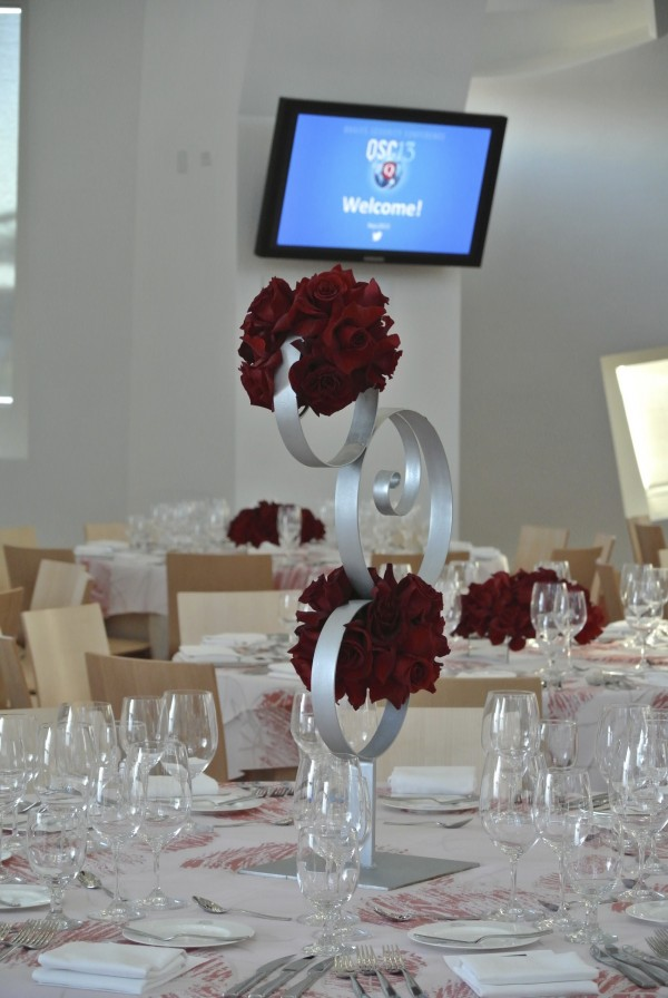 Centerpieces by Naakiti Floral.