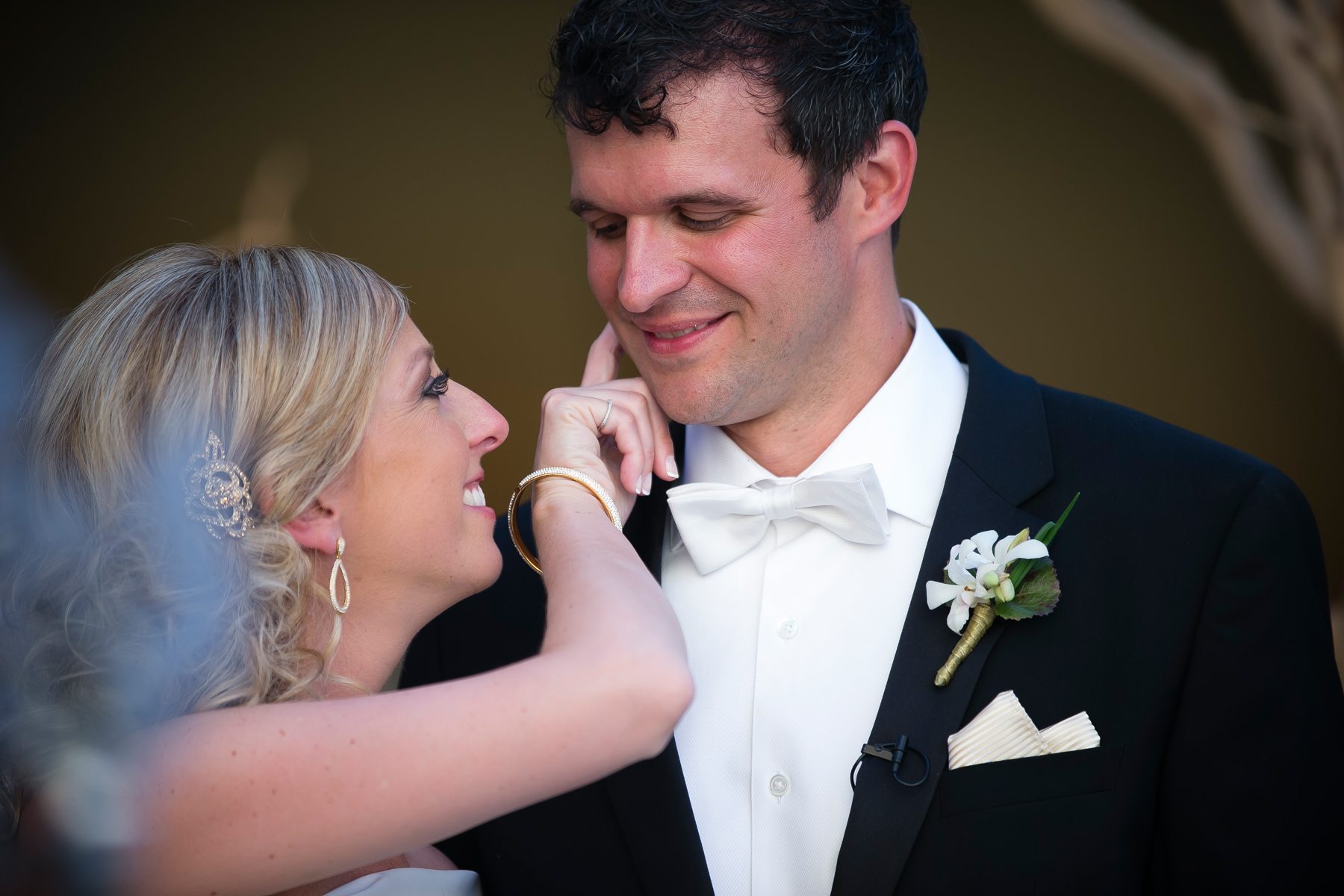 Just that one little touch said that they were in it together. So sweet!  Wedding Venue: Bellagio Las Vegas.  Location: The Grand Patio. Flowers & Decor by Naakiti Floral . Photo by www.ronmiller.com . Las Vegas Wedding Planner: Andrea Eppolito Events .