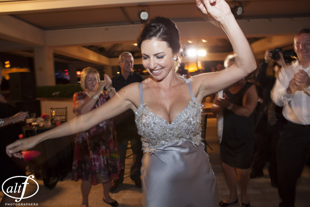 Our Aussie friends know how to party! Las Vegas Wedding Planner Andrea Eppolito Events. LocationL Hard Rock Hotel Las Vegas. Photography by www.altf.com.