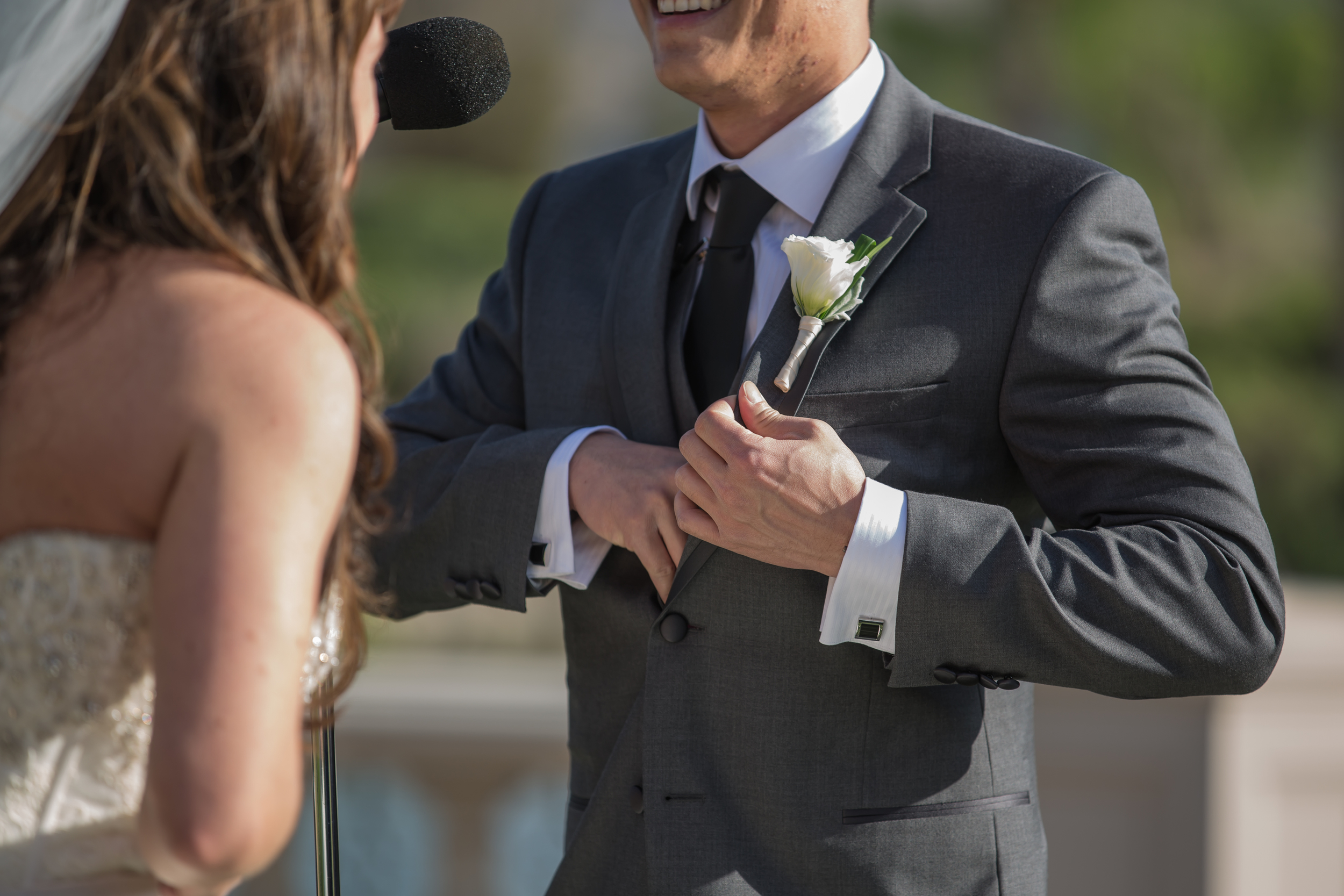 The couple hand wrote personal vows that made guests laugh and cry as they talked of their past and look forward to their future.     Las Vegas Wedding at   Siena Golf Club    |  Photography by   Ella Gagiano    |   Las Wedding Planner   Andrea Eppolito