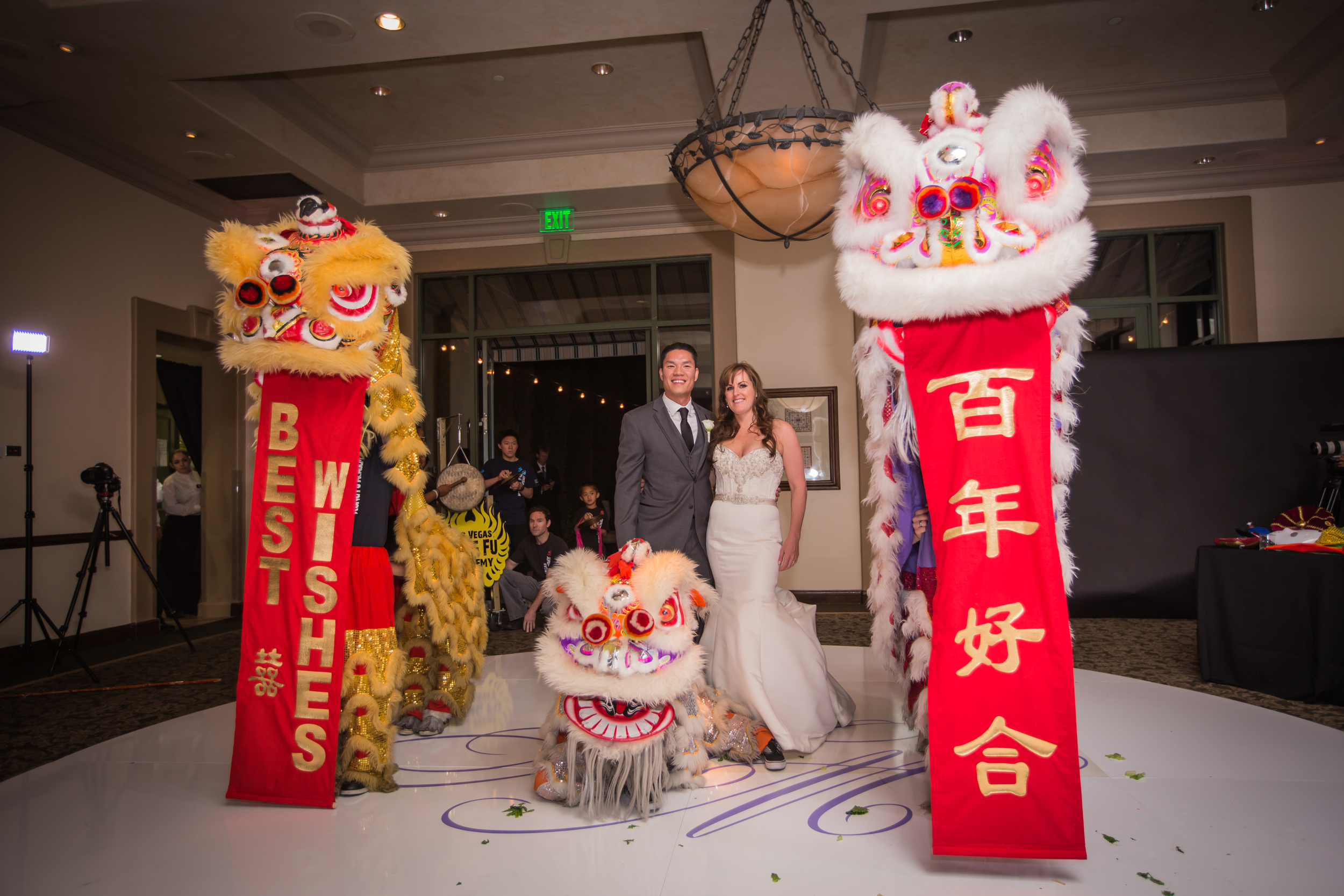 The Chinese Lions from the Las Vegas Kung Fu Academy.     Las Vegas Wedding at   Siena Golf Club    |  Photography by   Ella Gagiano    | Floral and Decor by  Naakiti Floral   |  Las Wedding Planner   Andrea Eppolito