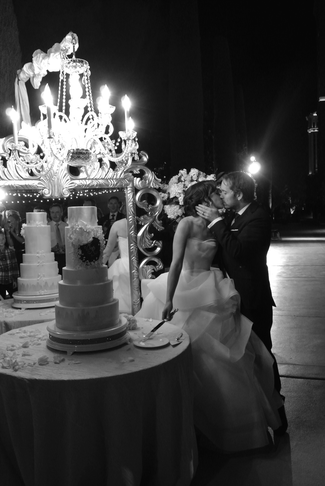 Cutting the Wedding Cake and Kisses.   Las Vegas Wedding Planner Andrea Eppolito  |  Wedding at Bellagio Las Vegas