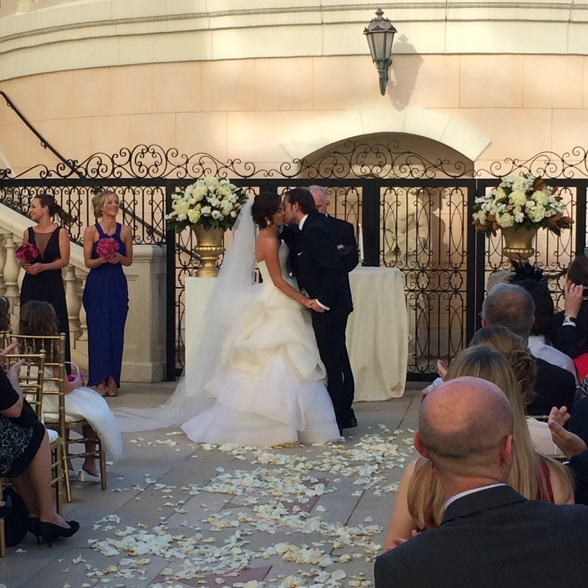 First Kiss.   Las Vegas Wedding Planner Andrea Eppolito  |  Wedding at Bellagio Las Vegas