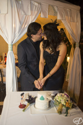 Kisses and Cake at Vintner Grill Elopement.