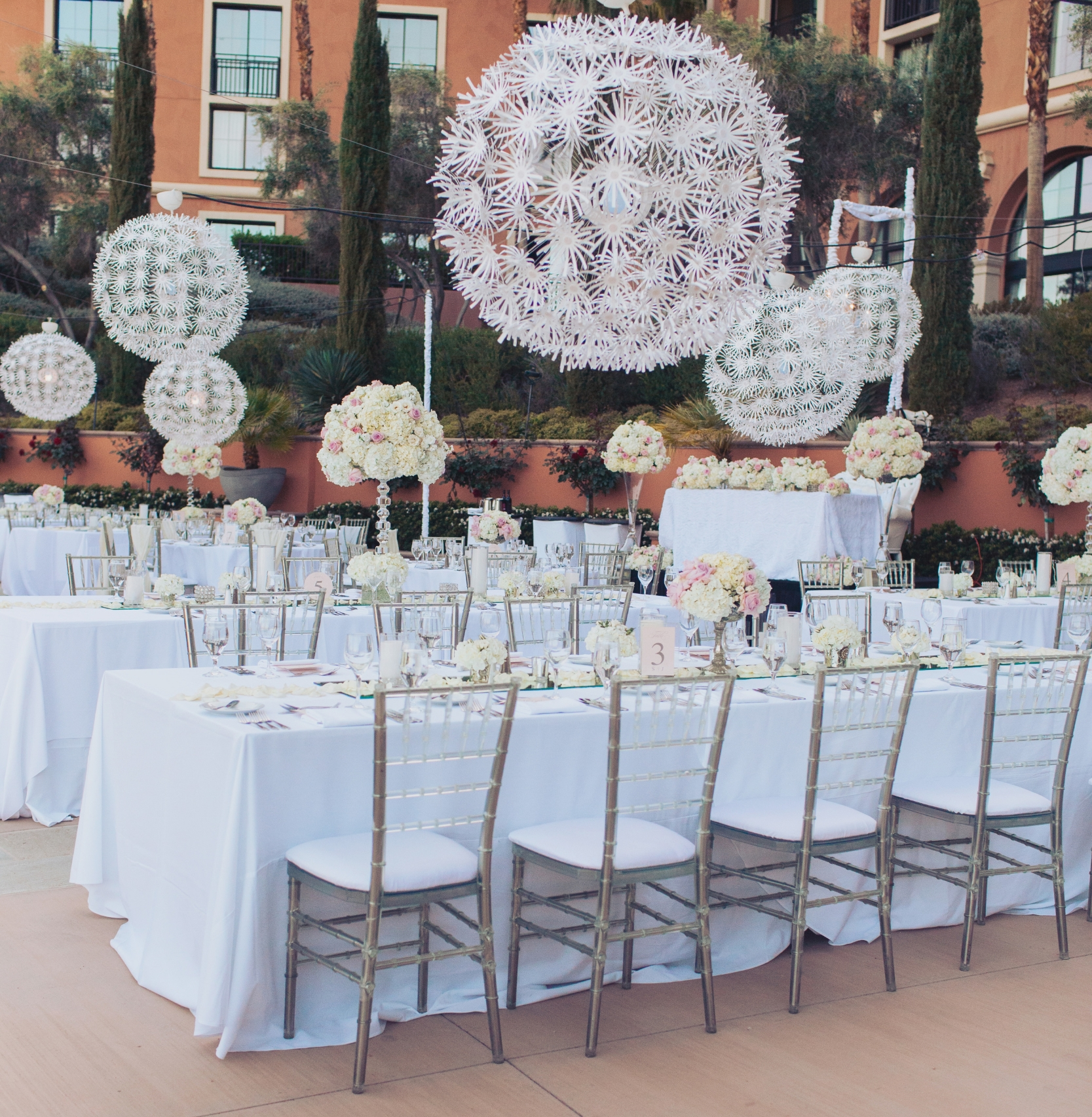 Las Vegas Luxury Wedding Planner Andrea Eppolito is featured on The Knot.