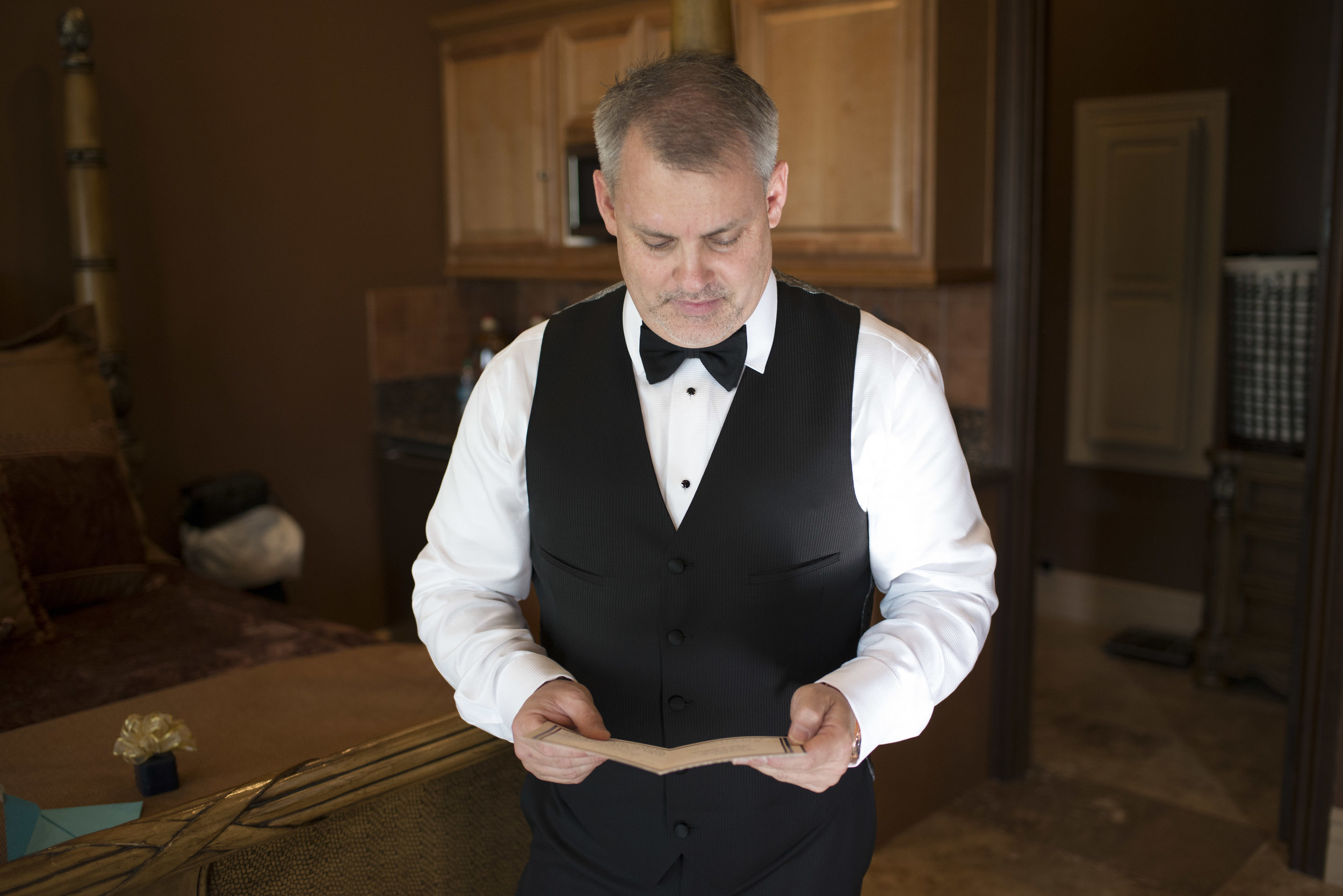 Groom reading his vows before wedding. Luxury Las Vegas Wedding Planner Andrea Eppolito. Image by AltF Photography.