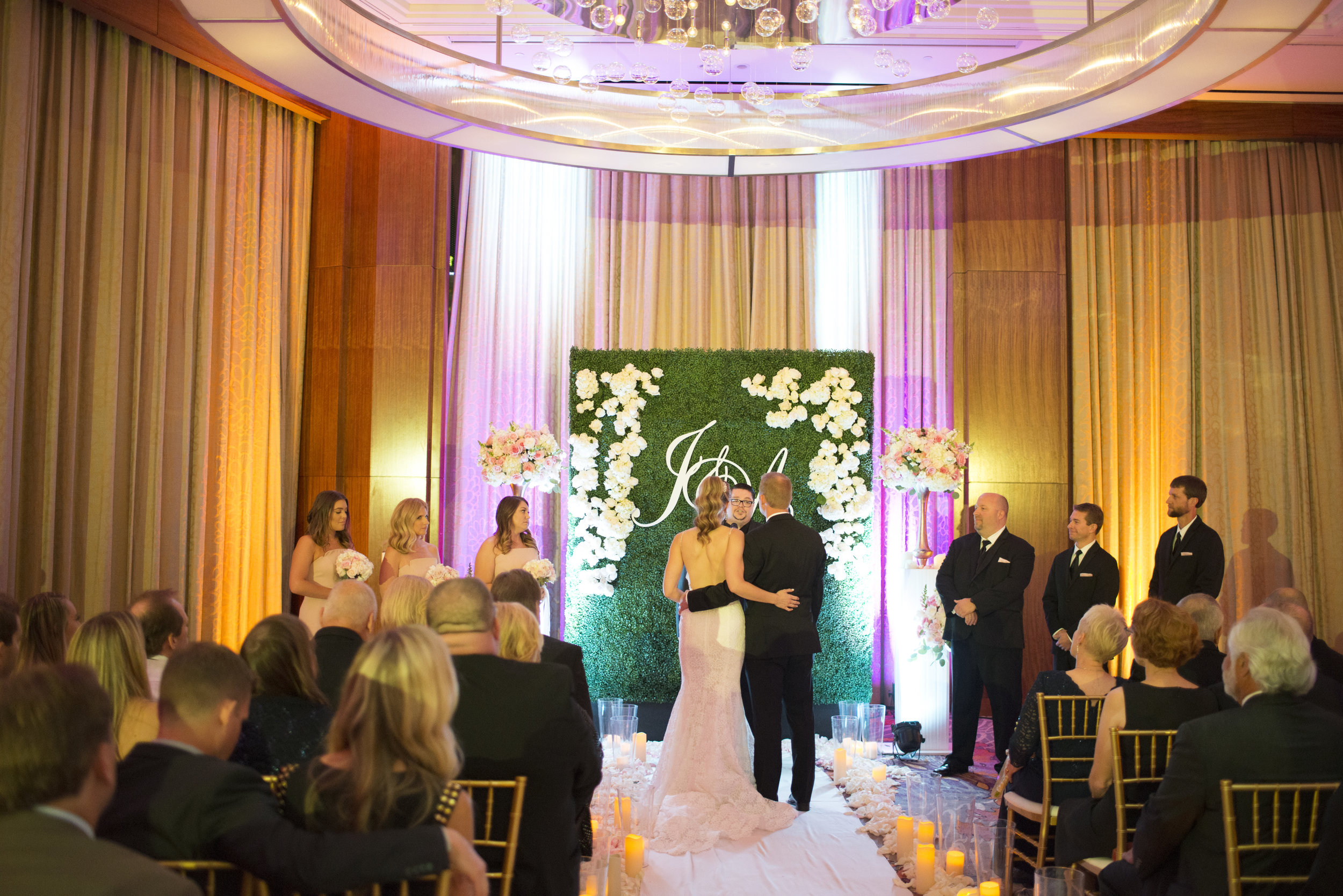 Making it work - When weather forces you to relocate your wedding.  Las V  egas   Wedding Planner Andrea Eppolito  .   Image by AltF.