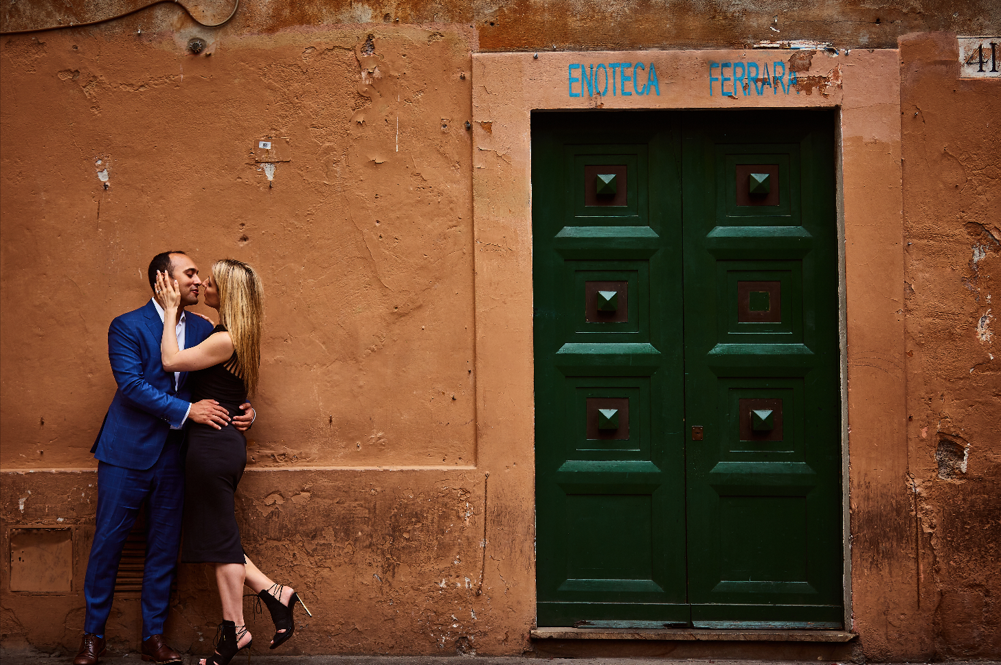 Destination wedding planner Andrea Eppolito. Engagement photos in Italy.  Italian Imagery by  D2 Photography .