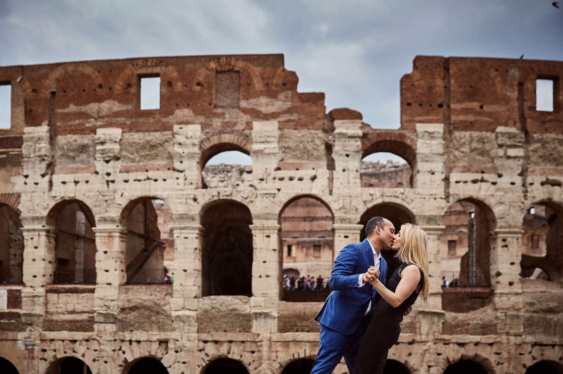 Engagement photos in Tuscany. Destination wedding planner Andrea Eppolito. Engagement photos in Italy.  Italian Imagery by  D2 Photography .