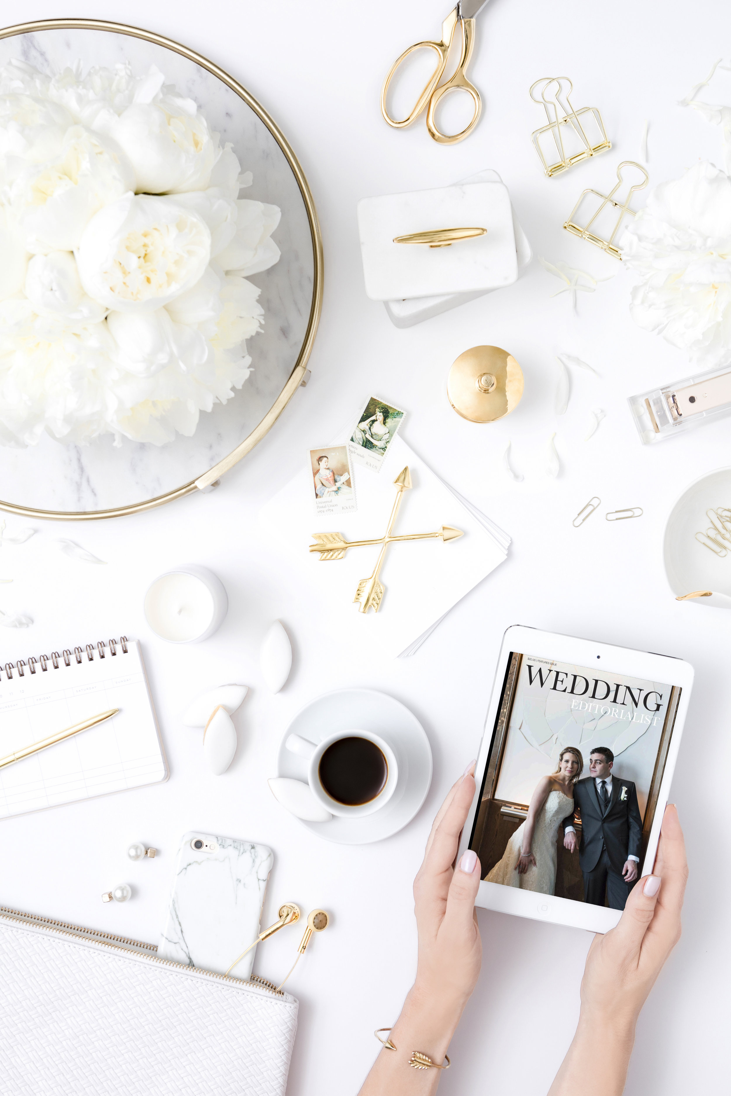 Couples can now hire an editor to create custom magazines dedicated to their wedding. Available online and in print, the Wedding Editorialist is a unique way to celebrate your wedding.