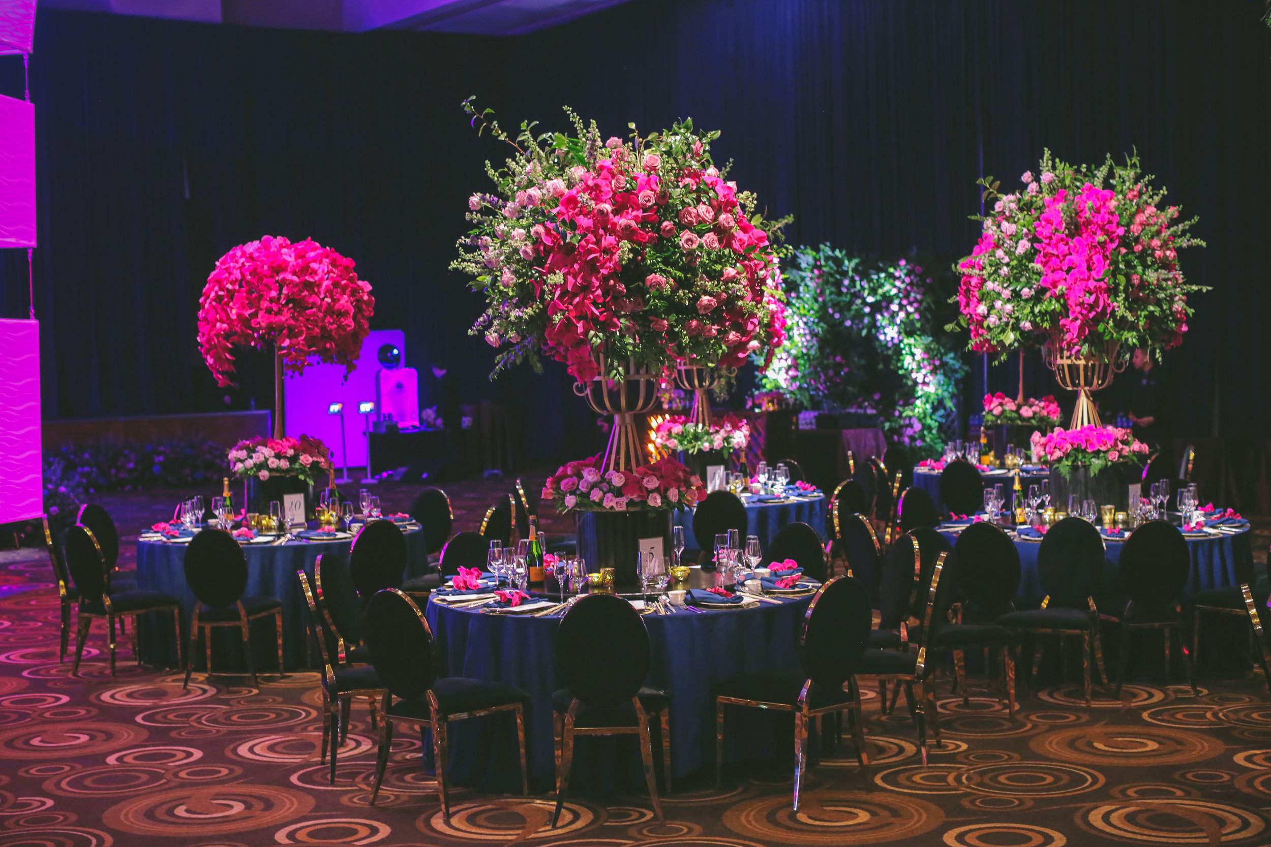 DESIGN TIP:  Use all round tables to create a sense of sense of balance and a tradition.  Las Vegas Wedding Planner Andrea Eppolito.  Image by Dennis Kwan.