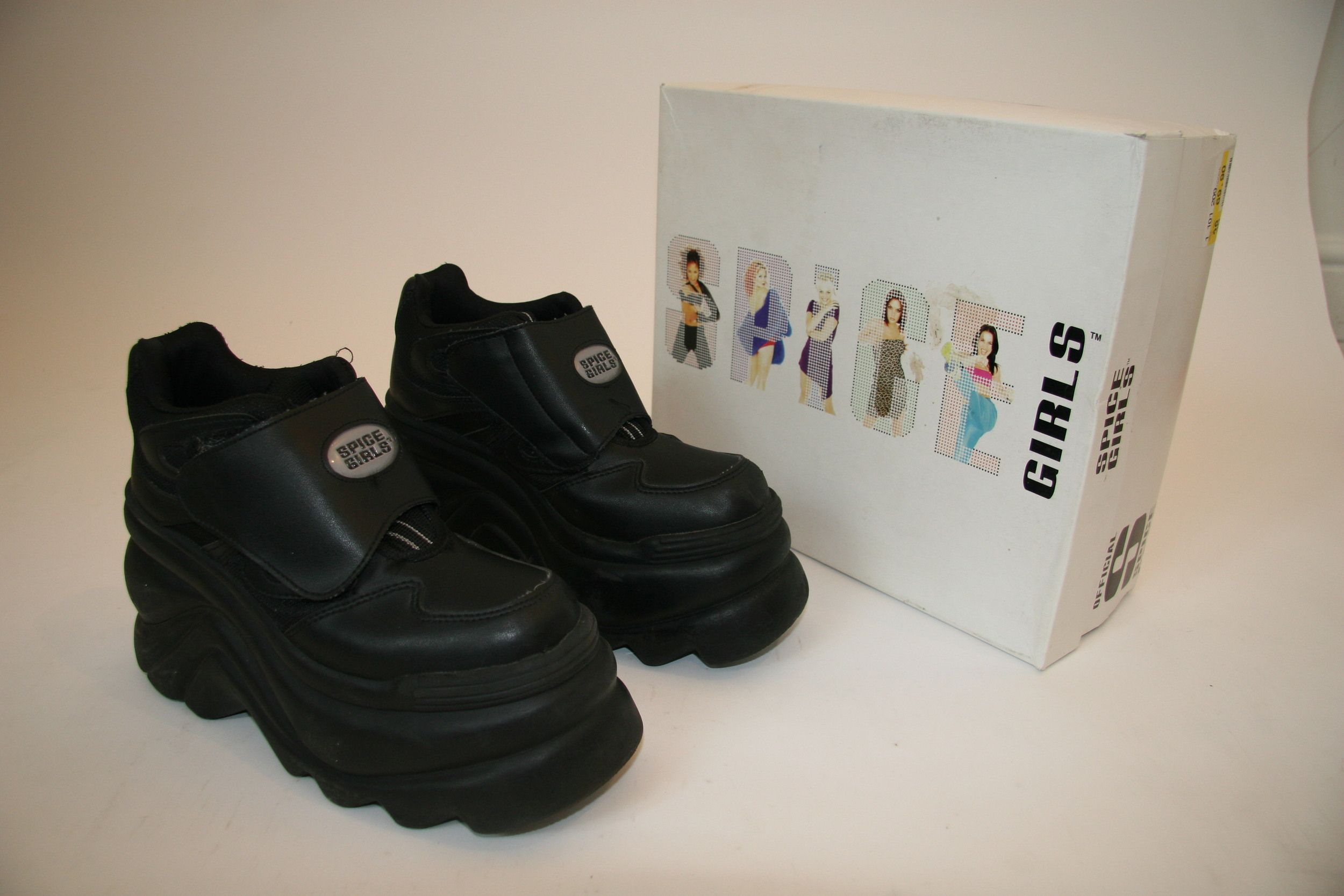 shoe-sg 002.JPG