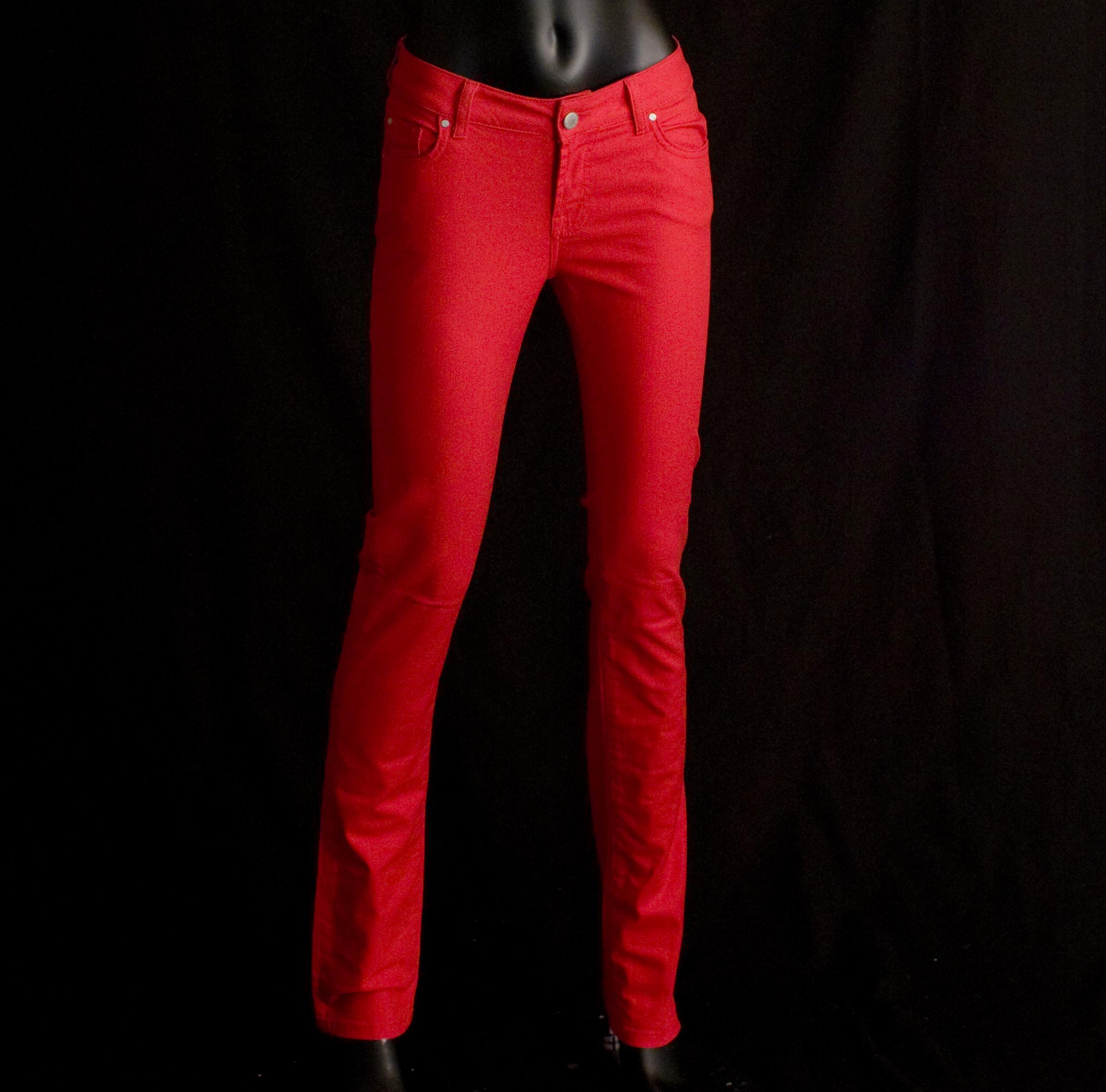 Mel C Red Jeans 300 HQ.jpg
