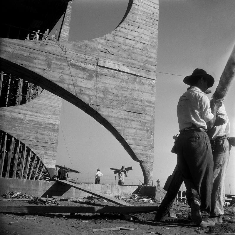 Niemeyer's Brasilia under construction