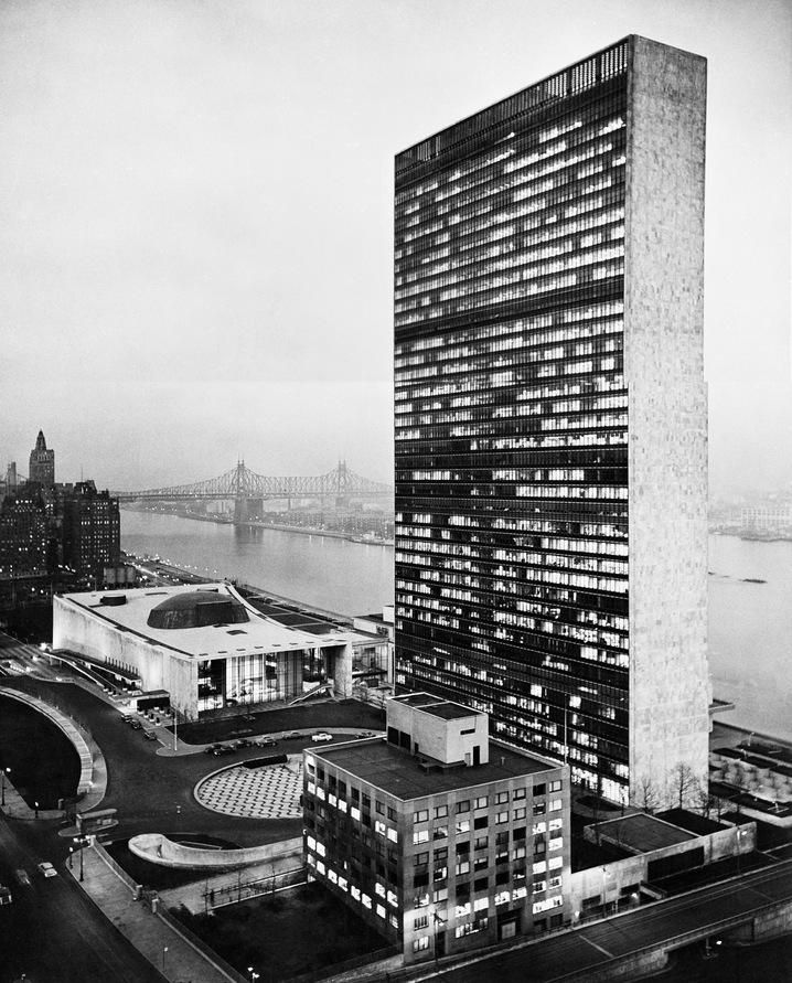 UN_Headquarters_1954_Grant_NeuenburgUN_Archives_slideshow.jpg