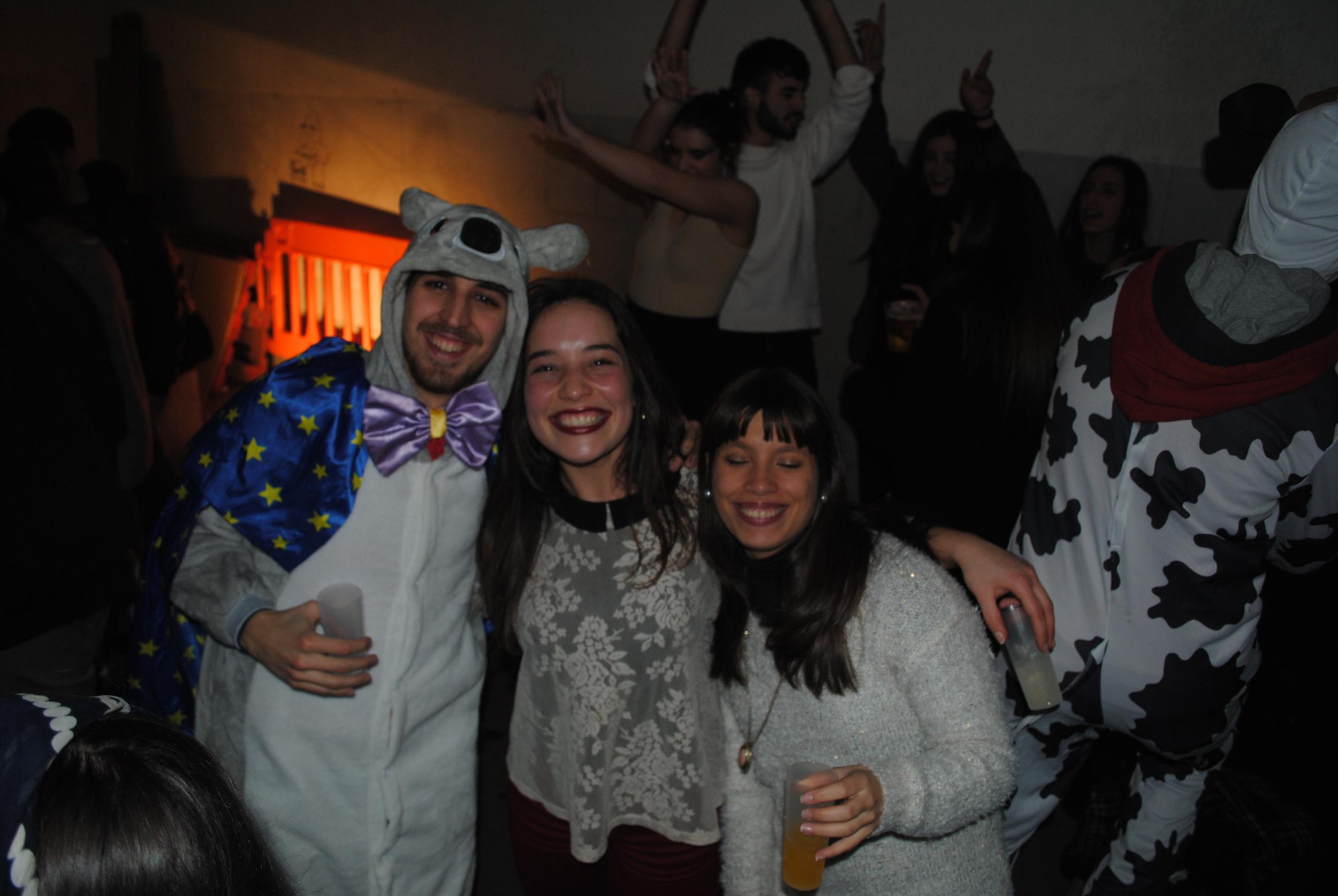 ChurrascoCarnavalFAUP(Fev2015) (16).JPG