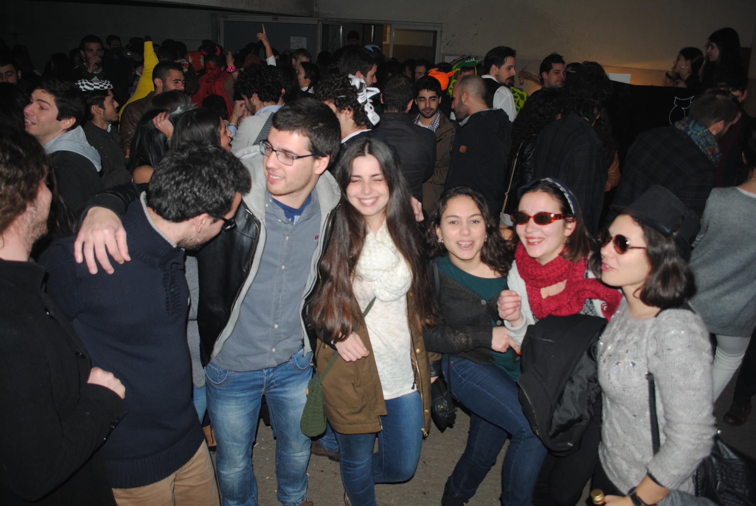 ChurrascoCarnavalFAUP(Fev2015) (17).JPG