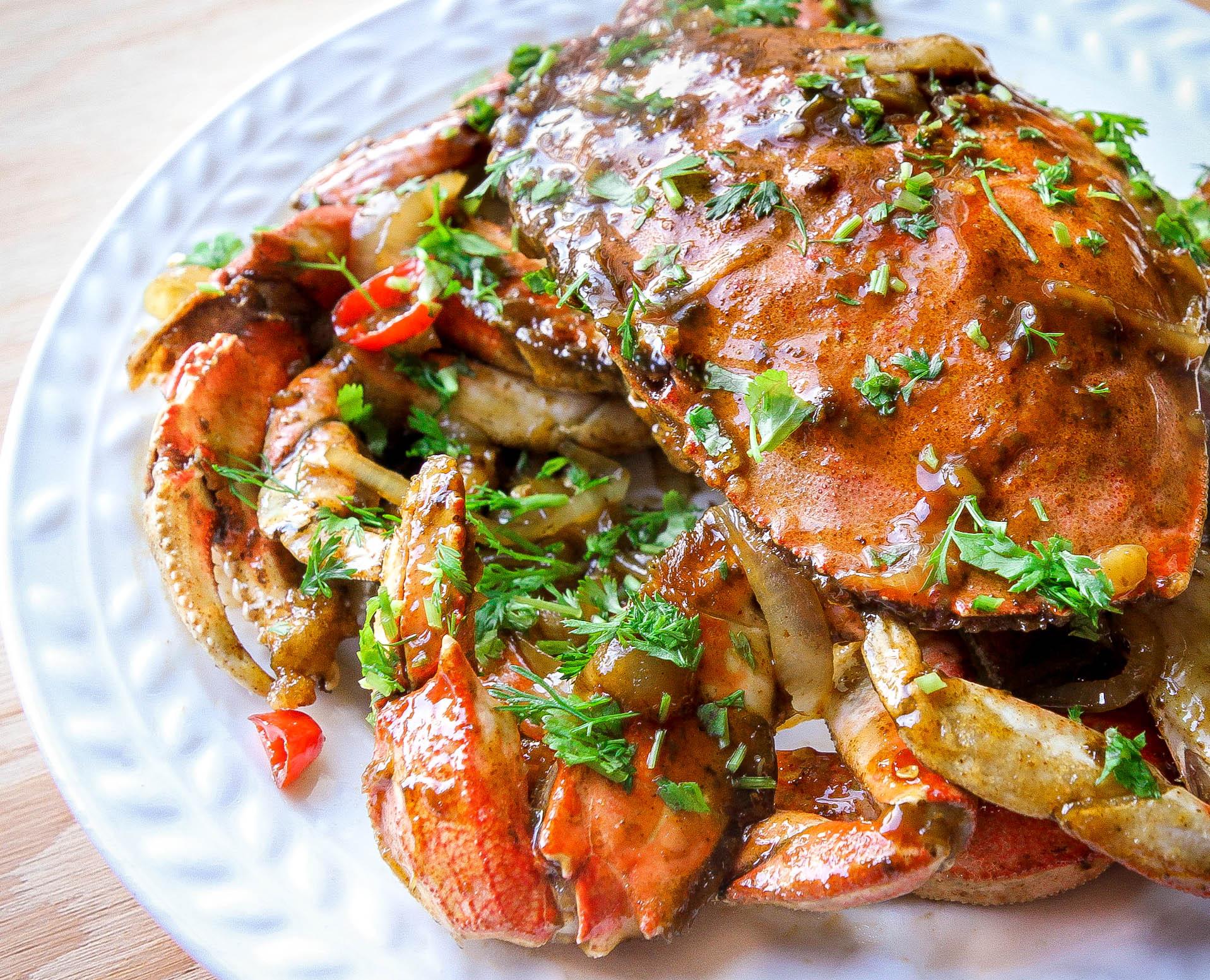 Crab with Tamarind Sauce  (Cua Rang Me)