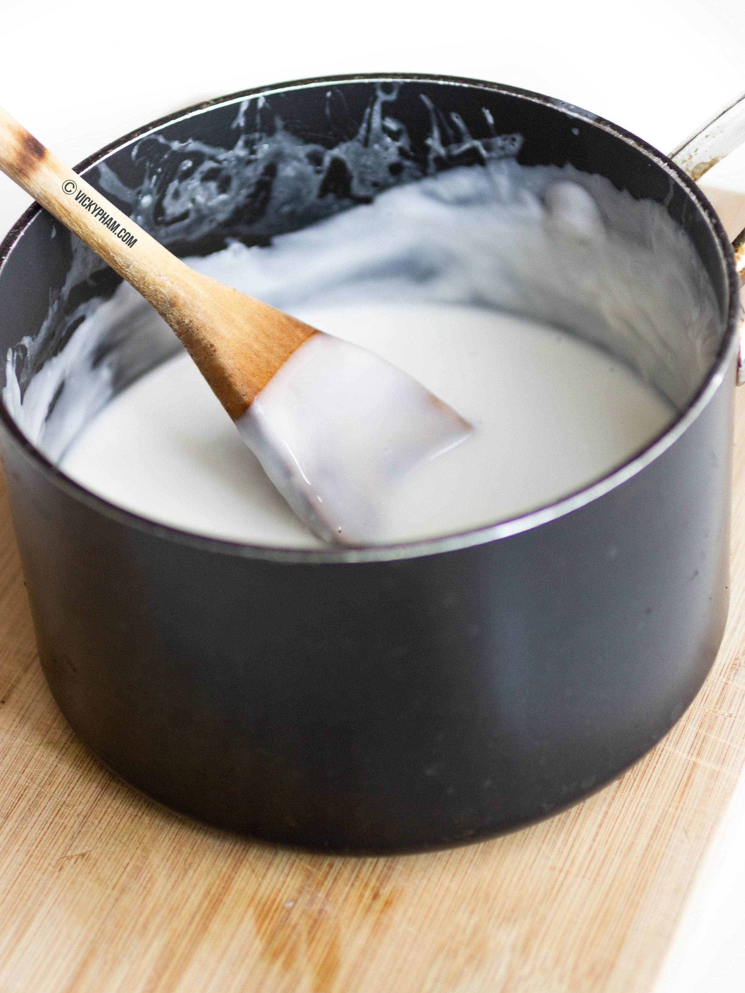Sweetened Coconut Milk Sauce for Asian Desserts (Nuoc Cot Dua)