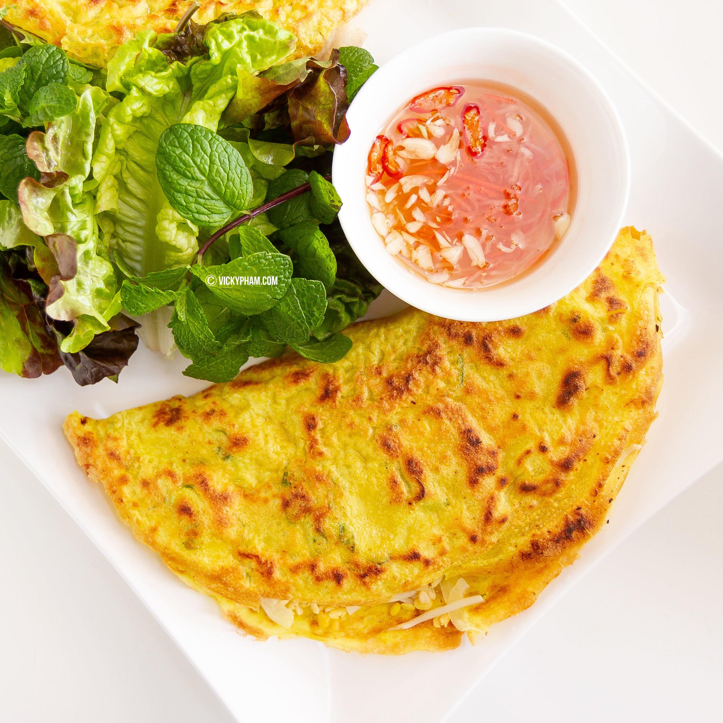 Vietnamese Sizzling Crepe Pancake Banh Xeo Vietnamese Home Cooking Recipes