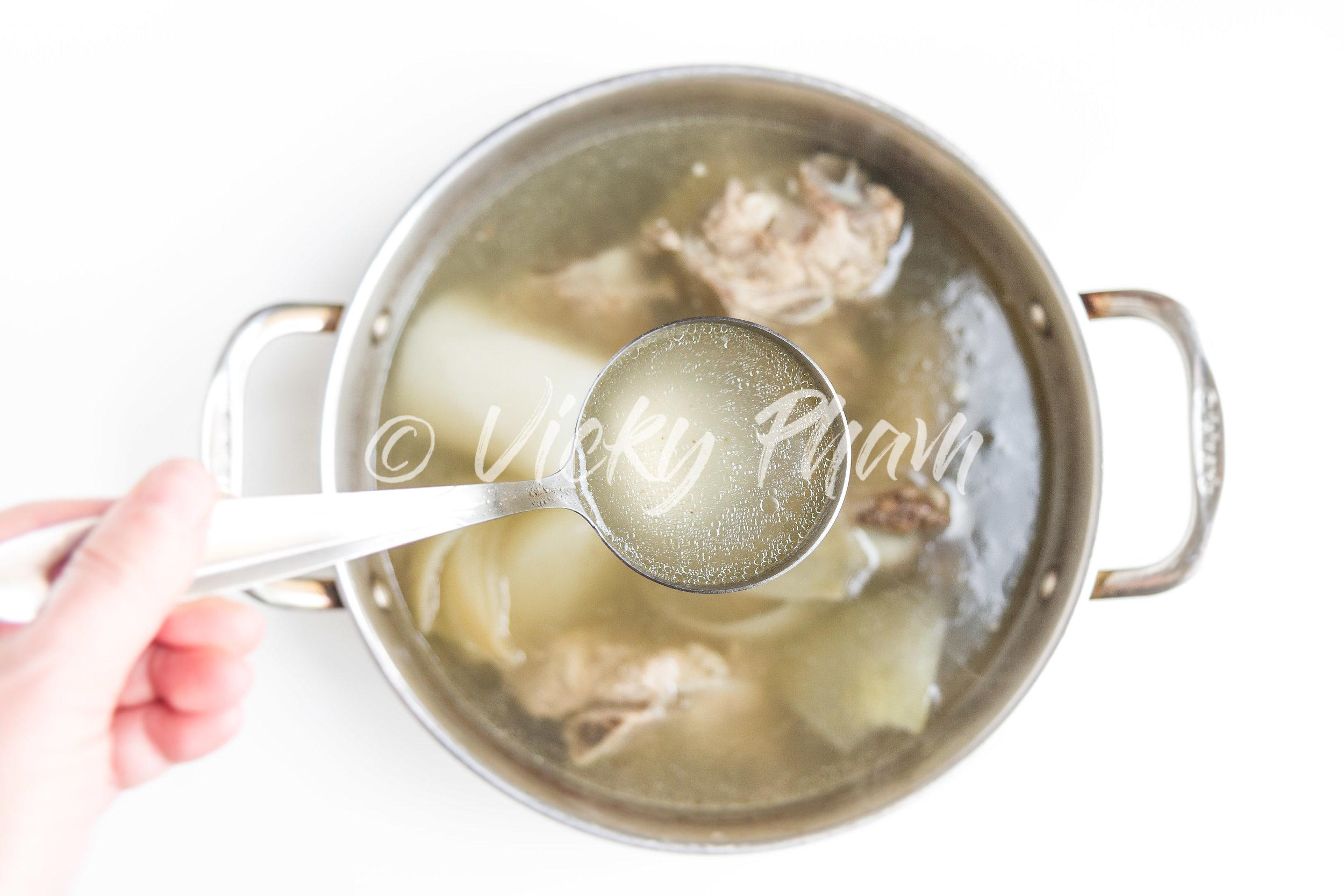 Clean and Clear Vietnamese Homemade Pork Stock/Broth (Nuoc Leo Suon Heo)