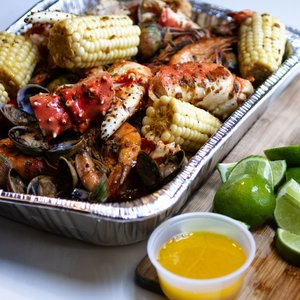 Seafood Boil Sauce: Garlic Butter Lemon Pepper