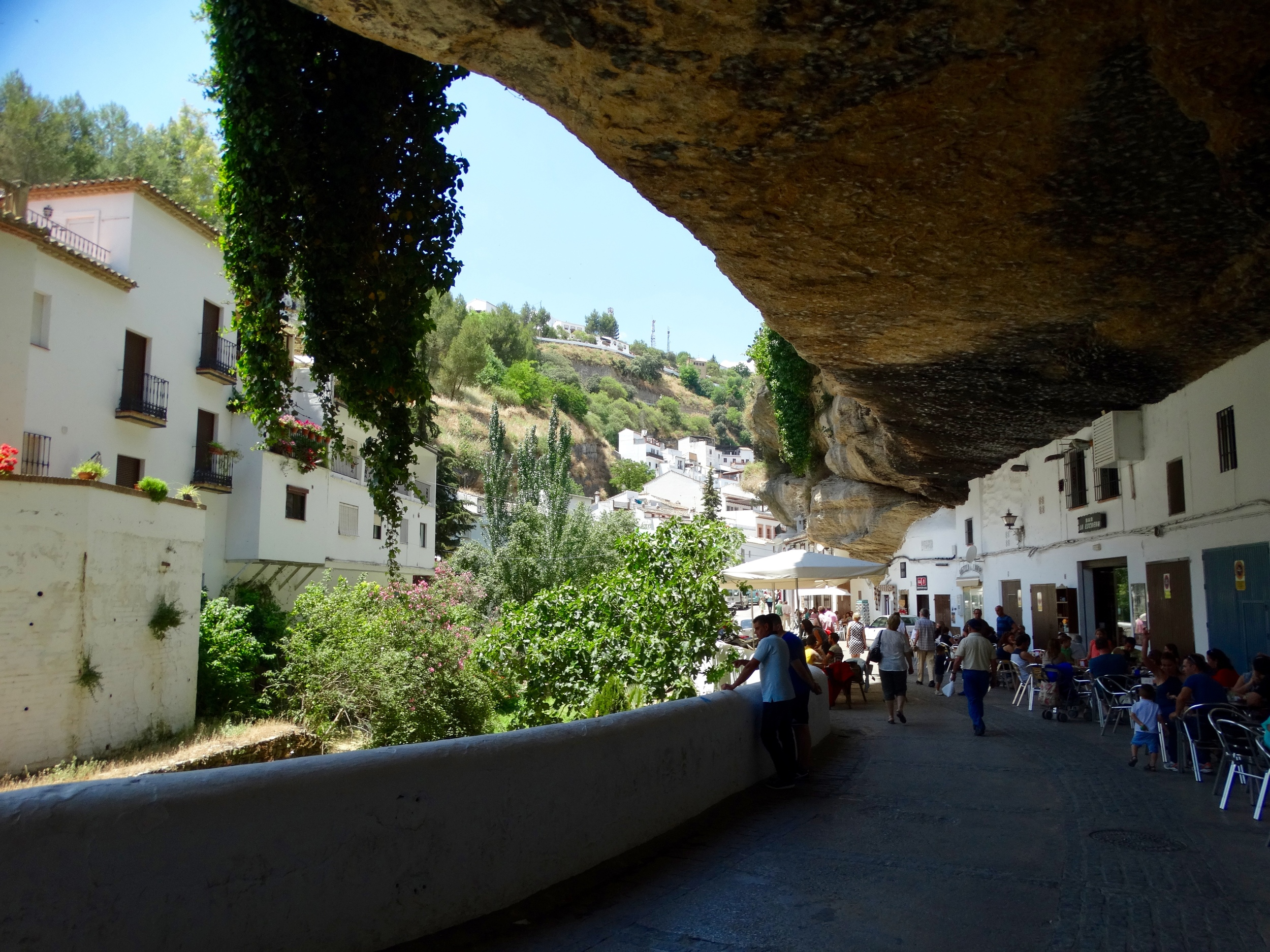 The quirky Setenil streets