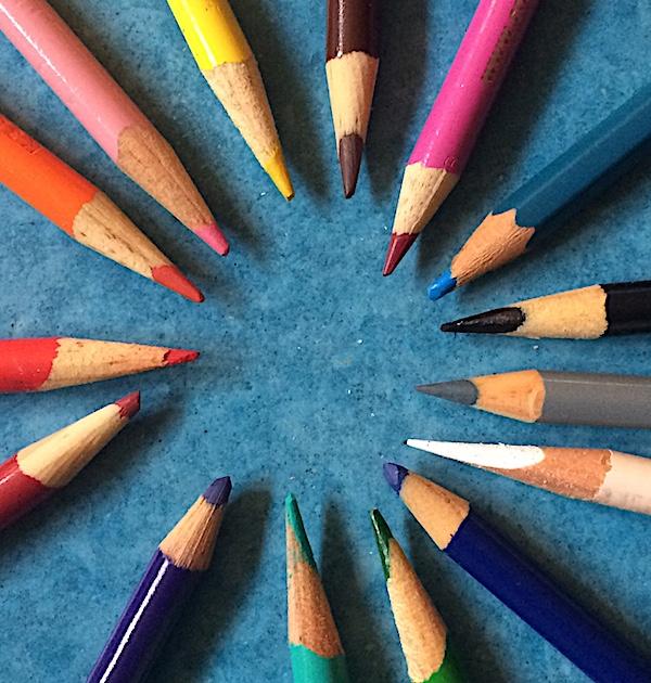 pencil circle.jpg