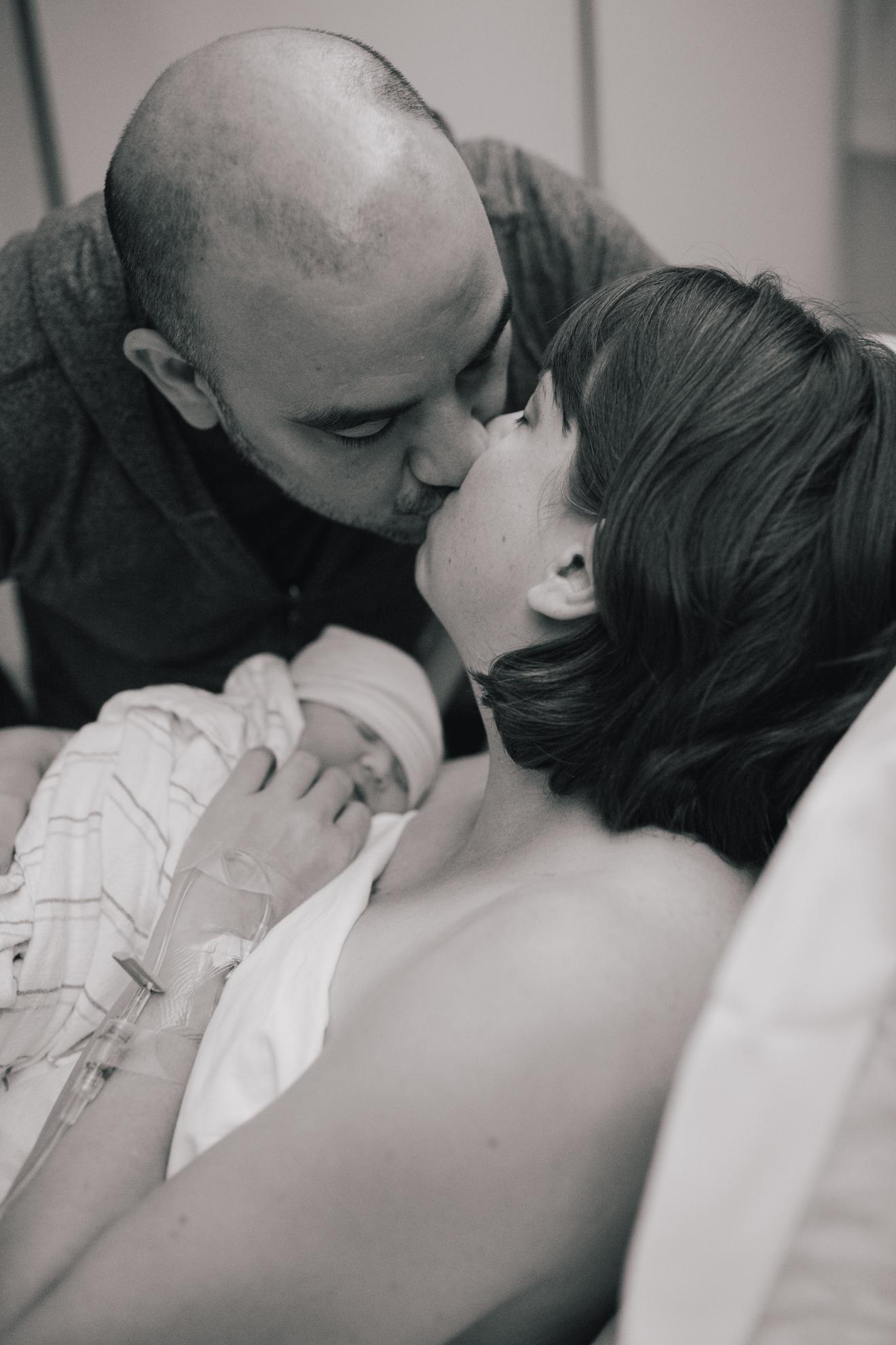 www.taylorlaurenbarker.com // south carolina candid newborn photography