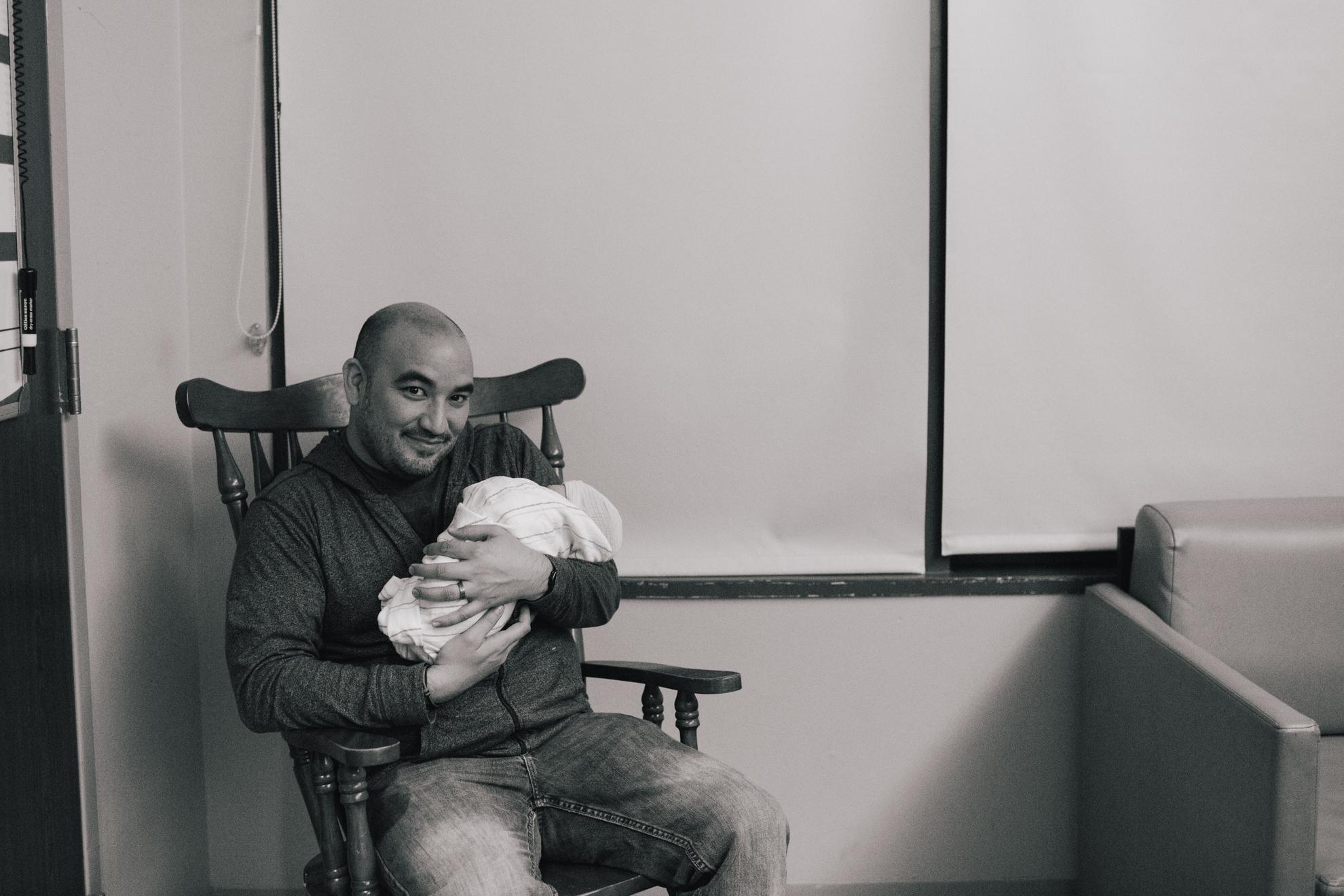 www.taylorlaurenbarker.com // Charleston, SC candid newborn photographer