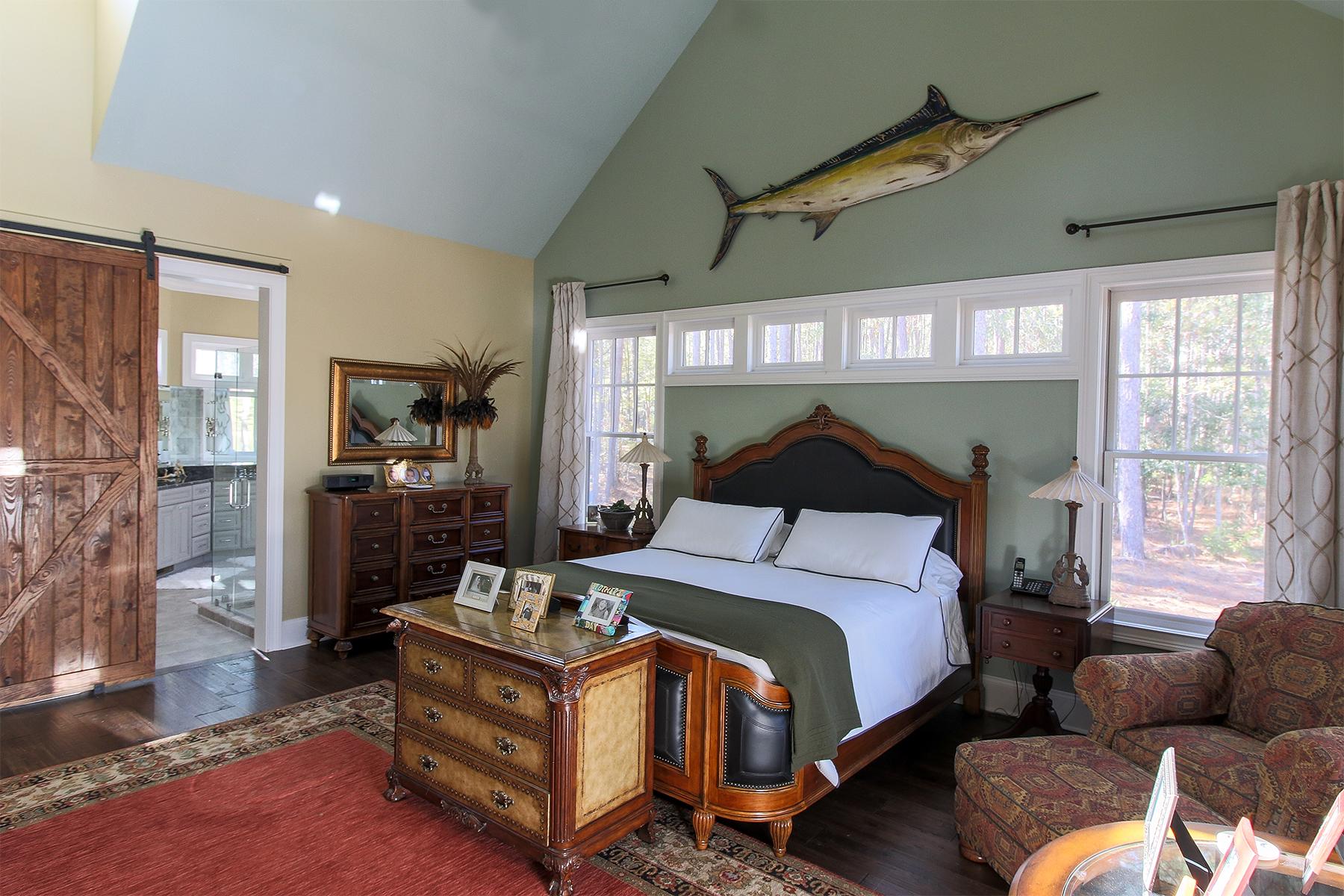 PG - Pond Master bedroom RS cloned.jpg