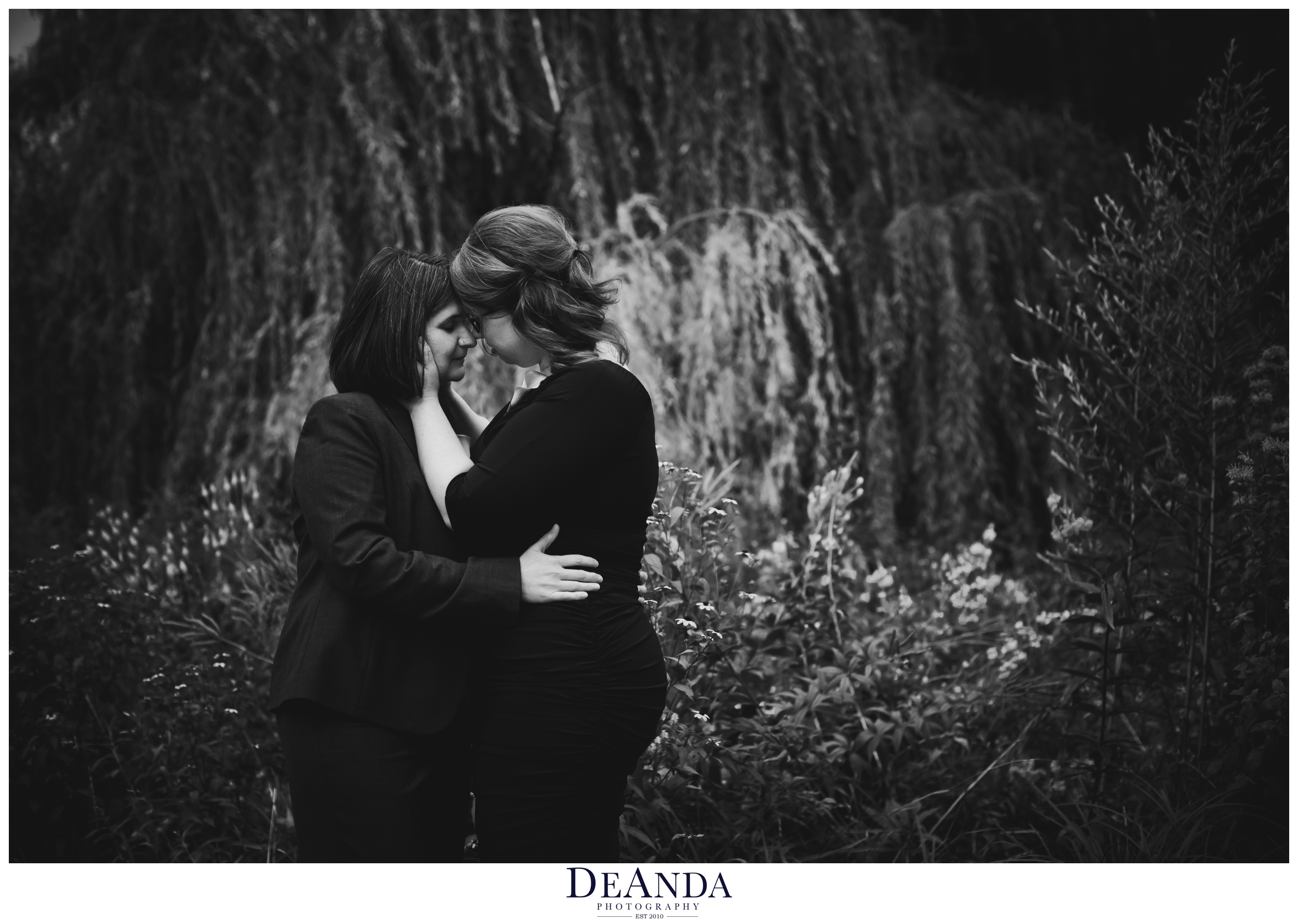 chicago winnemac park wedding image black and white