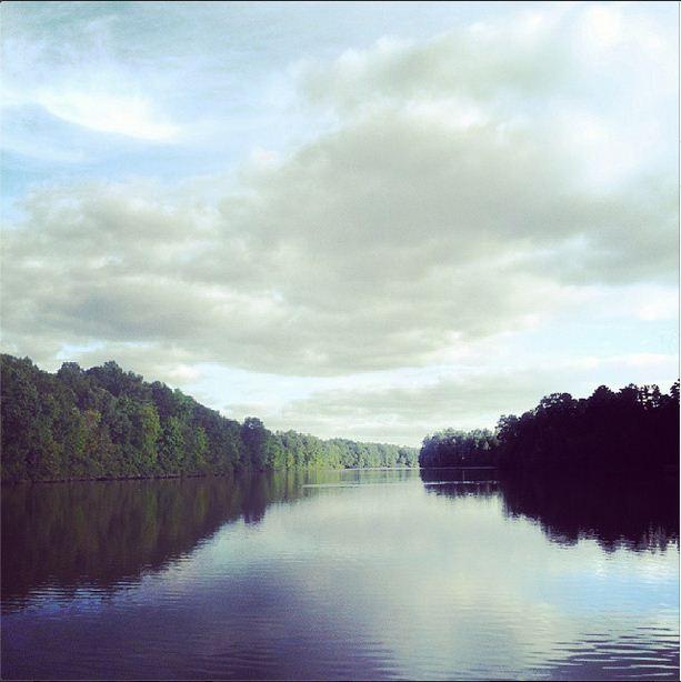 Gorgeous pre-fall run at the lake