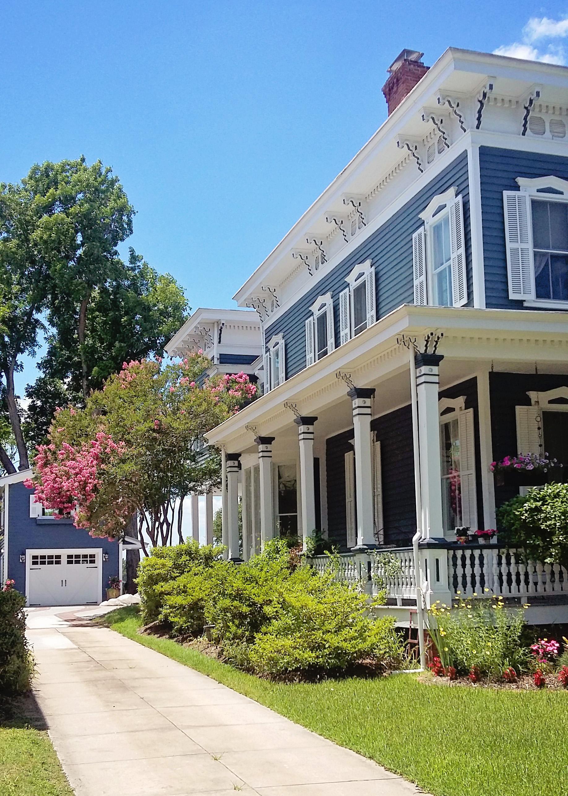 Elizabeth Burns Design | Budget-friendly trip to Wilmington, NC