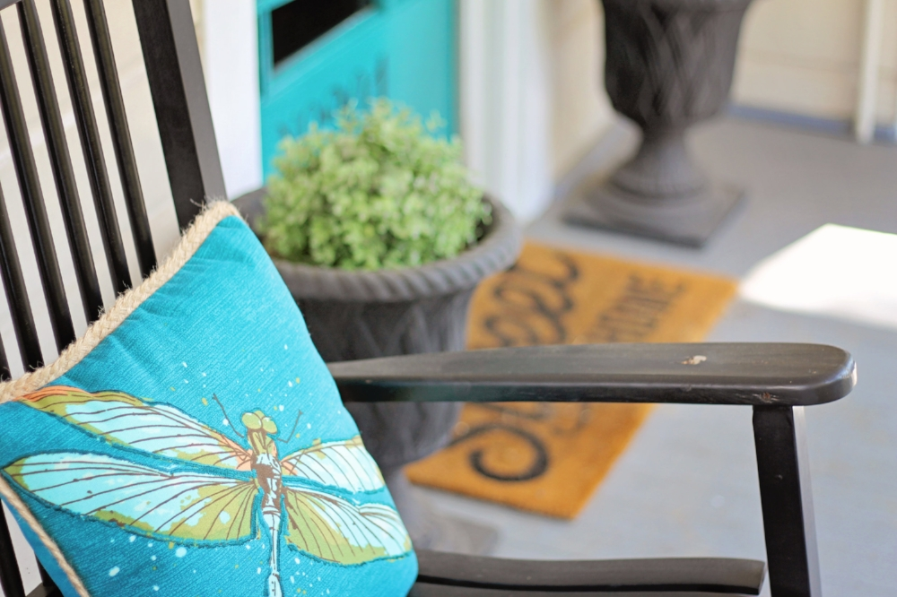 Curb Appeal on a Budget - Turquoise Door, Front Porch Decor, House Flip