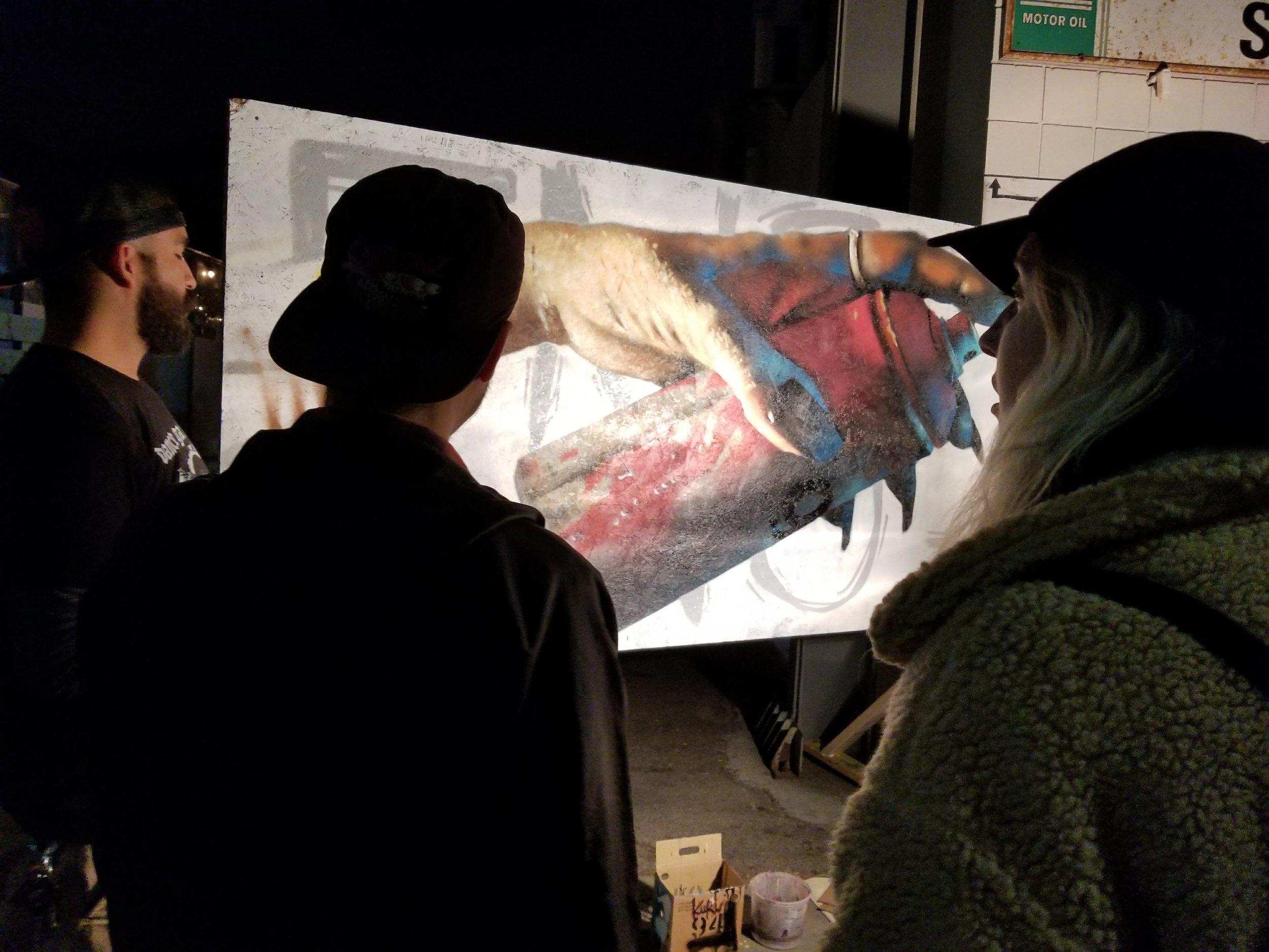 mar vista Art walk    - crowds enjoying live painting on Venice Blvd., los angeles 90066