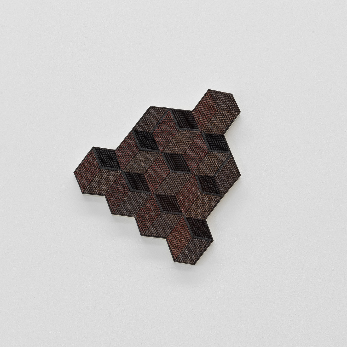 Arnold Holzknecht, Nummer elf, 2019, honeycomb, 42 x 37 cm